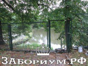 Изображение 004 300x225 Секционный забор из сетки рабицы