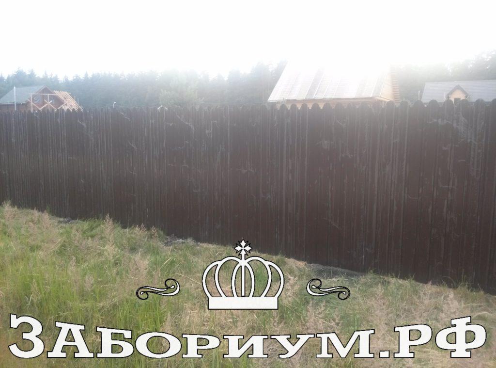 Забор из фигурного профнастила в г.Хотьково