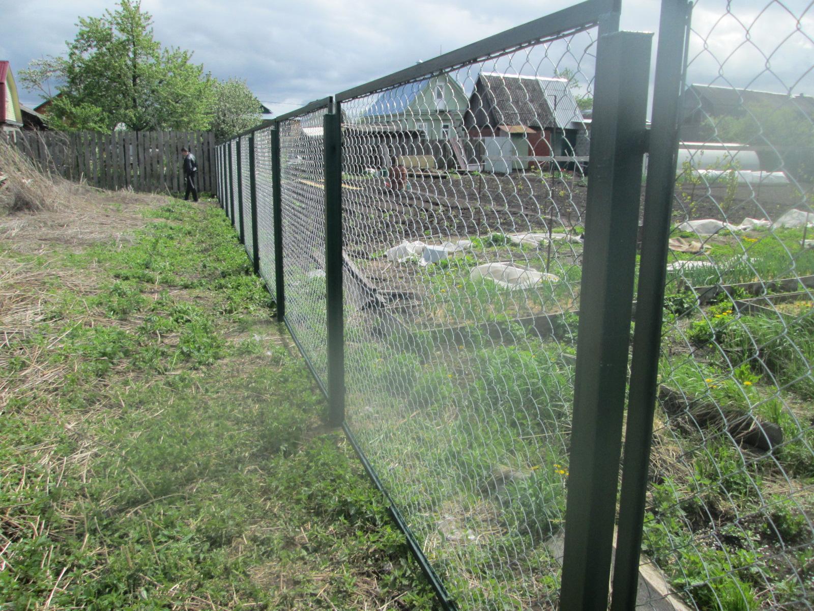 Забор из рабицы в секциях 178