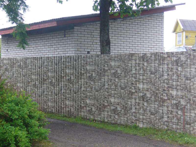 Забор из профнастила с покрытием «Printech»