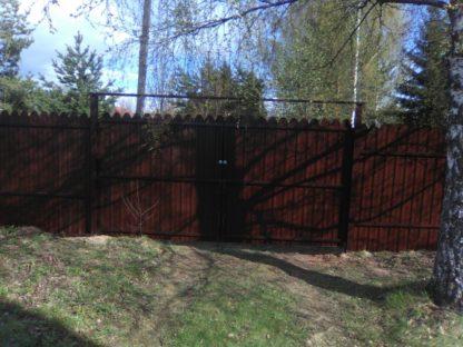 Забор из фигурного двух-стороннего профнастила в г. Красноармейск