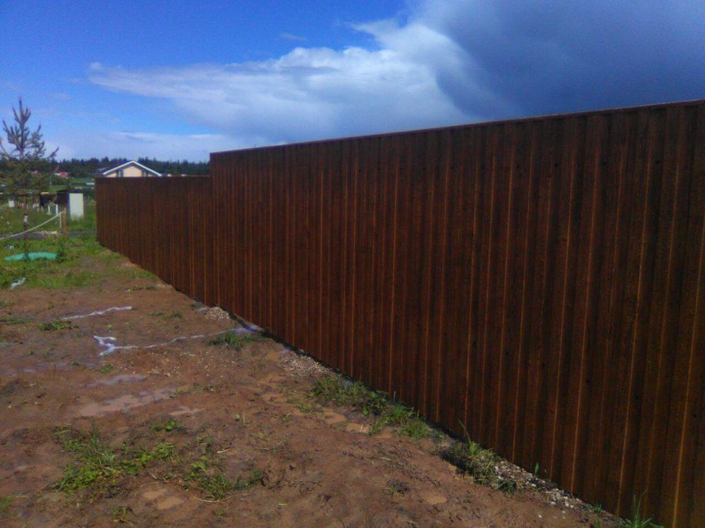 Забор из профнастила золотой дуб в г. Звенигород